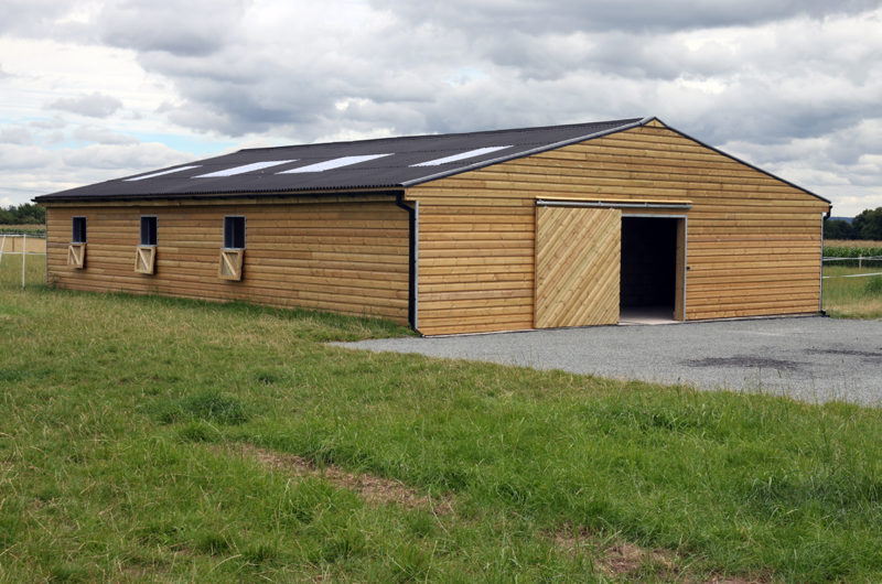 6 horse stable equestrian barn building