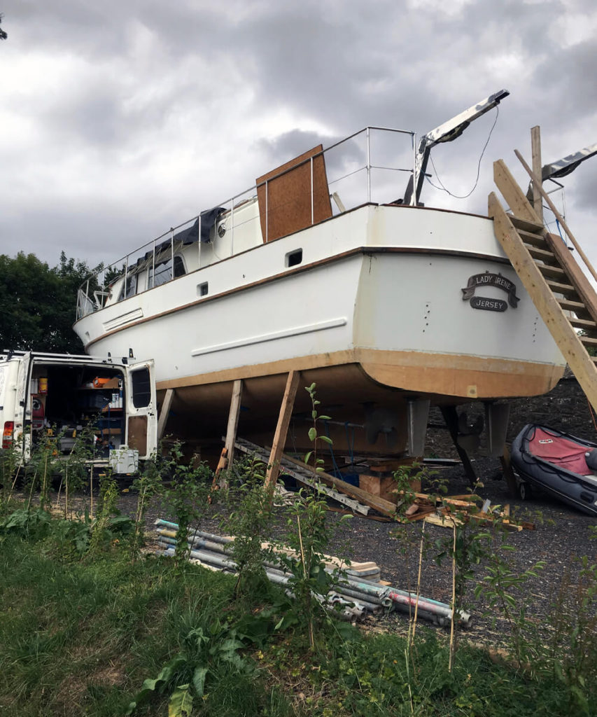 Marine Boat Building and Repairs FiberGlass